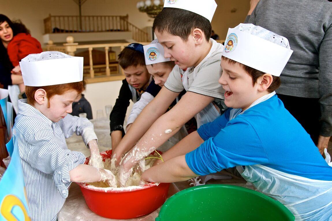Kids Passover Rostov