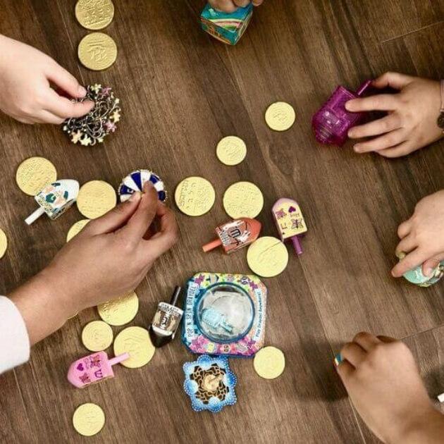 Hanukkah Hacks: How to Play the Dreidel Game
